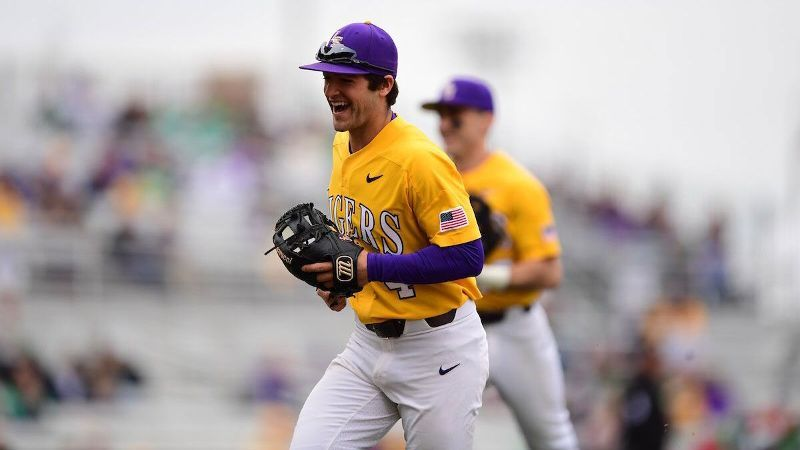 No. 13 LSU rolls over Kentucky