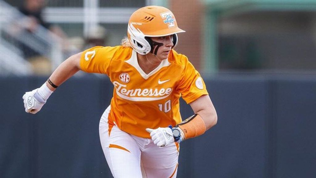 No. 8 Tennessee rolls past Mississippi State