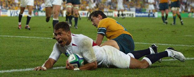 Jason Robinson scores a vital try against Australia in the 2003 World Cup