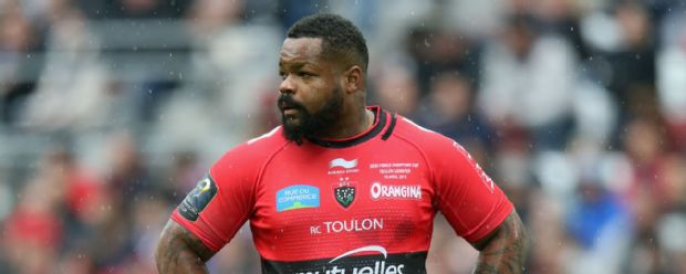 Mathieu Bastareaud looks on