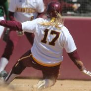 NCAA Softball Sara Groenewegen