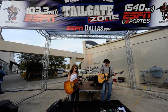 ESPN Tailgate Zone -- Wk. 7
