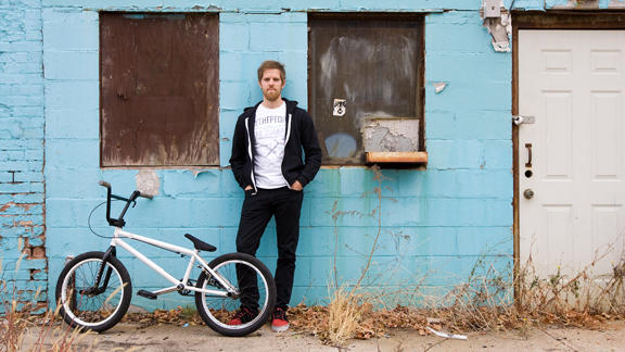 Josh Suhre is making moves in the BMX world. a class=launchGallery href=http://espn.go.com/action/photos/gallery/_/id/6570815/josh-suhre-wtp-irishiLaunch Suhre Bike Check »/i/a