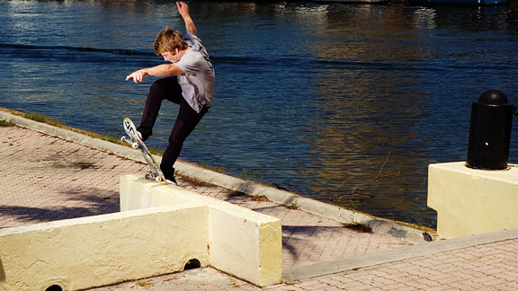 Josiah Gatlyn pulls a frontside bluntslide on a great ledge with some crummy run-up.