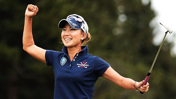 To the delight of the partisan crowd, Japan's Momoko Uedo won the Mizuno Classic in a three-hole playoff over China's Shanshan Feng.