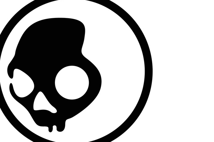 Skullcandy claims their logo (above) is similar to the Skelanimals design.