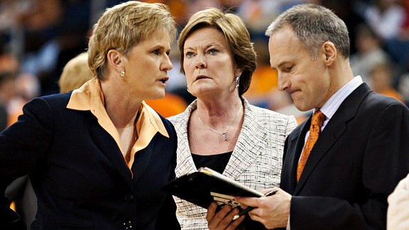 Long before her diagnosis, Pat Summitt encouraged her staff to handle significant duties.