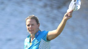 Annika Sorenstam waves to her fans on the final hole of her last LPGA tournament, in 2008.