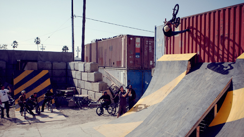 /photo/2012/0113/as_bmx_built11_800.jpg