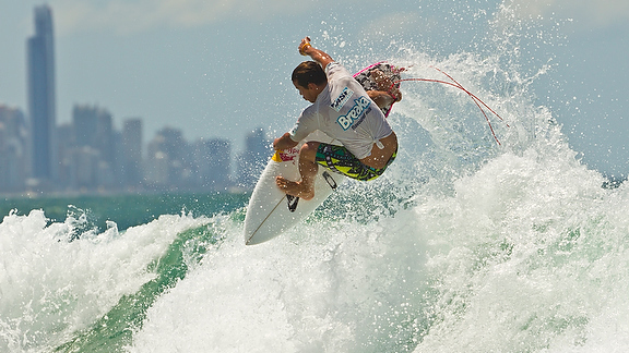 This is how Julian Wilson is getting warmed up for the start of the 2012 ASP World Tour season.