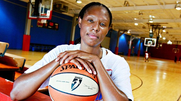 The Washington Mystics made Chamique Holdsclaw the No. 1 pick in the WNBA draft in 1999 after a legendary college career at Tennessee. She draws inspiration from Pat Summitt's battle with dementia.