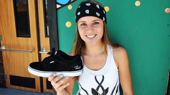 Leticia Bufoni with her signature Osiris shoe