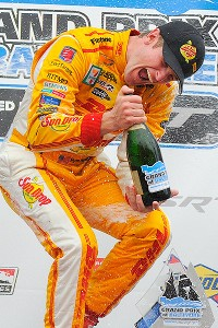 Ryan Hunter-Reay overcame a 36-point deficit with two races to go to become the first American champ in IndyCar since 2006.