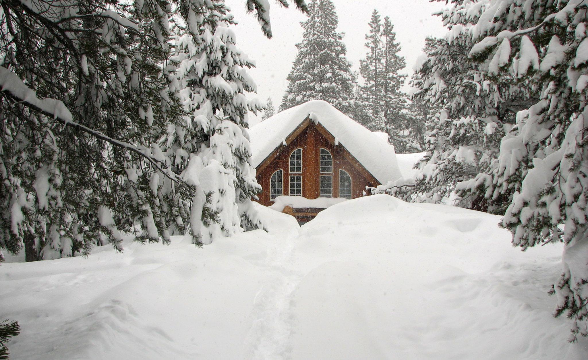 Lost Trail Lodge, California
