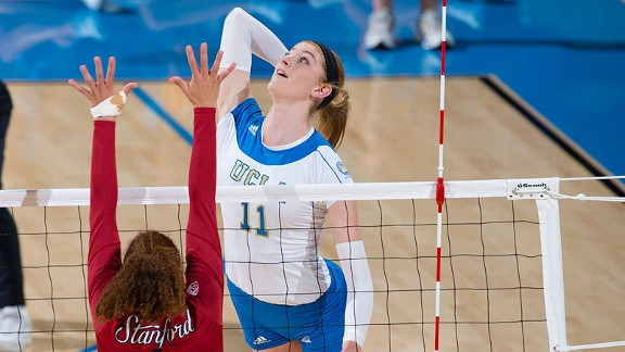 Senior Rachel Kidder will try to help UCLA avoid a third straight loss when the Bruins host USC on Friday night.