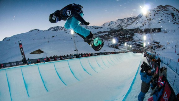 Kelly Clark will once again be the woman to beat in SuperPipe.