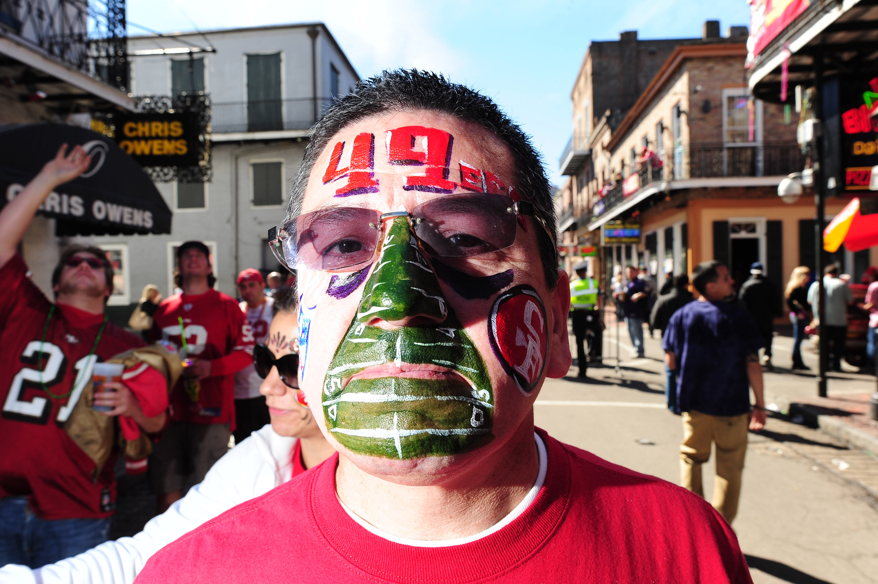 Face painted 49ers fan
