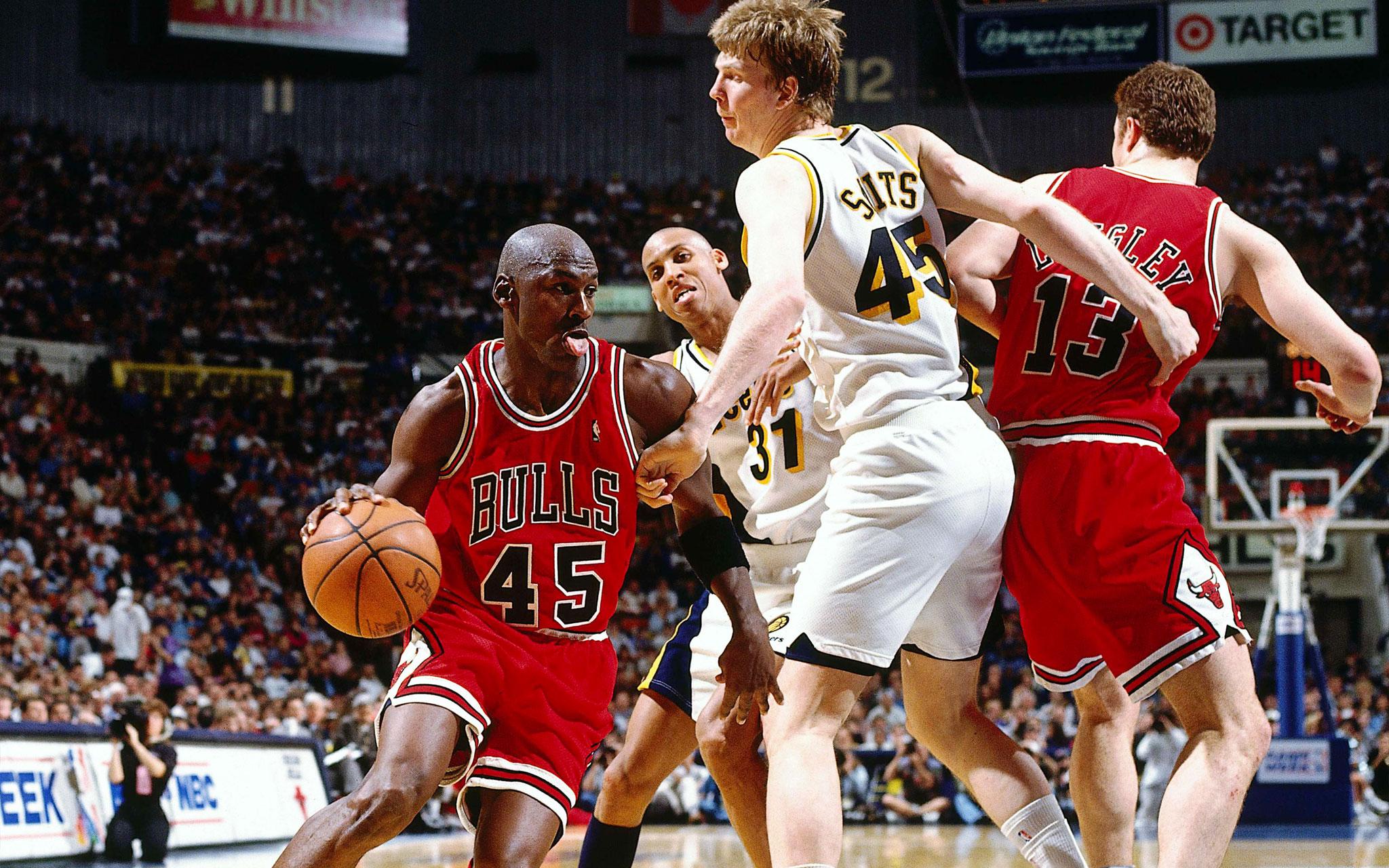 23. No. 45 In Return  Michael Jordan 50 Greatest Moments