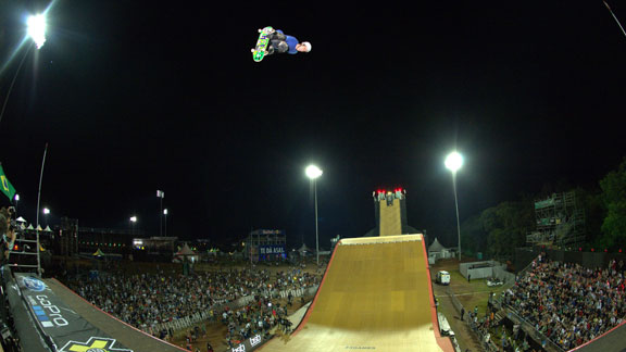 Brazilian Bob Burnquist won X Games Big Air gold in front of a home-country crowd.
