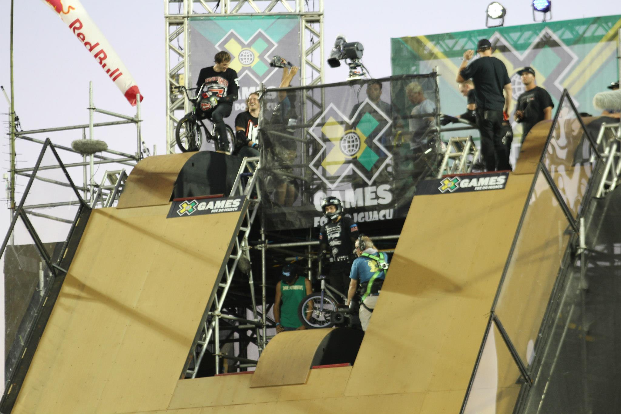 Grandes nomes do BMX estavam reunidos para competir