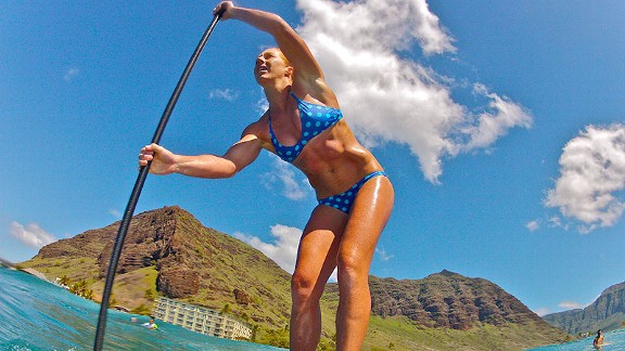 Candice Appleby taught herself the art of SUP during a summer borrowing boards on Waikiki Beach in Hawaii.
