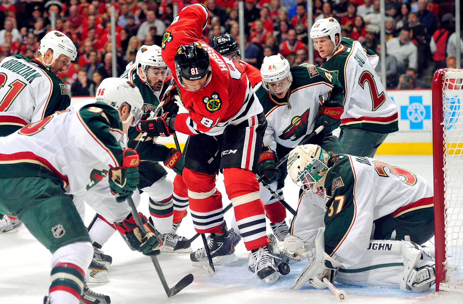 Blackhawks-Wild Game 1