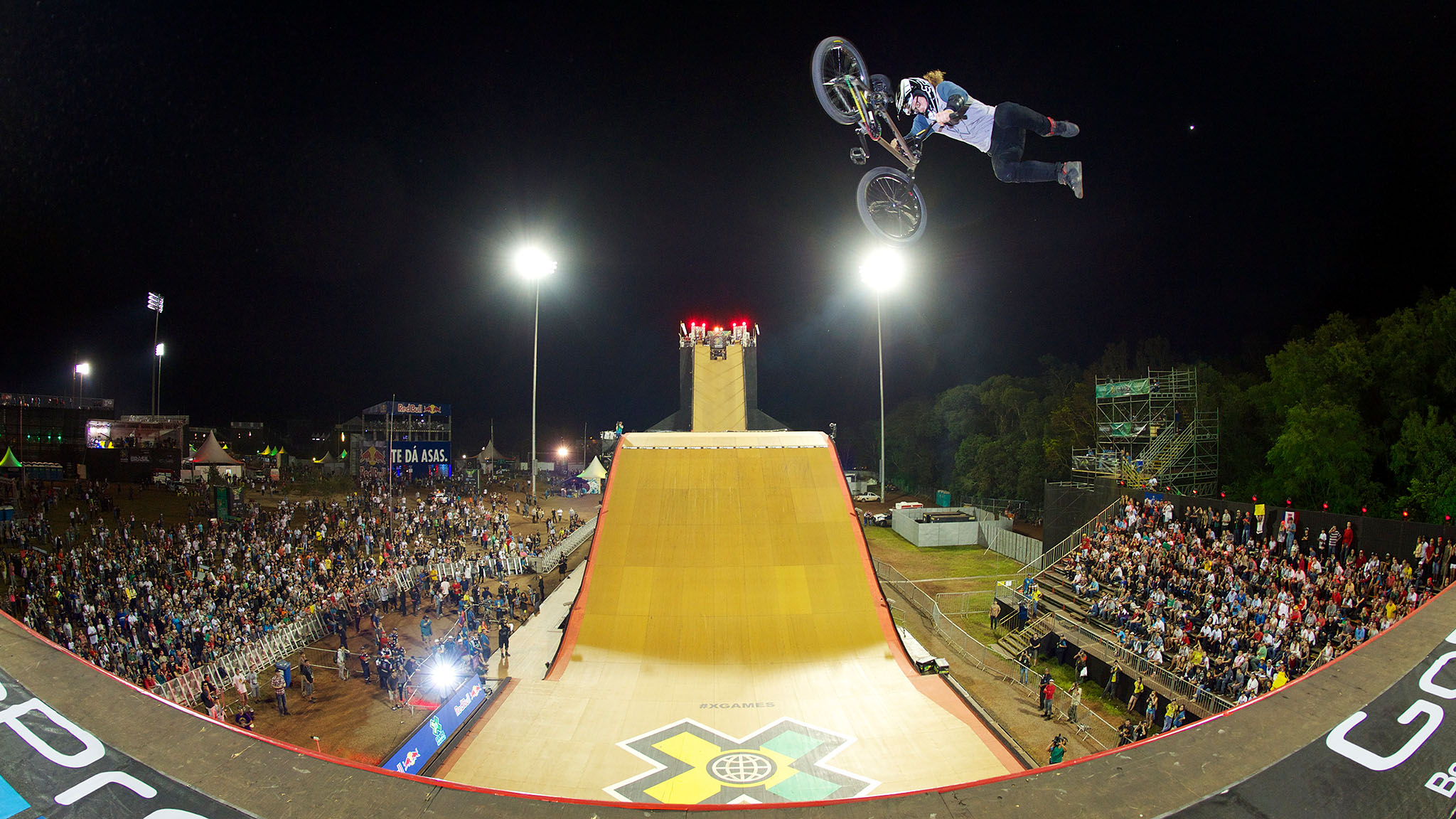Zack Warden won back-to-back gold medals at X Games Foz do Iguau and Barcelona. Can his bikeflip backflip tailwhip combo bring him the trifecta in BMX Big Air Friday?