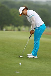 Putting is what separates Inbee Park from the rest of the field; she made birdies of 6, 30, 15, 20, 1 and 12 feet Friday.