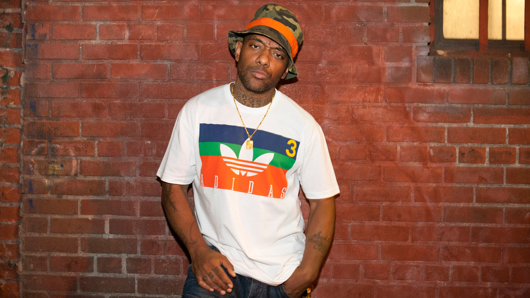 Prodigy -- one half of iconic New York hip-hop act Mobb Deep -- spit lyrics at the Max Fish wrap party for the Agenda NYC trade show.