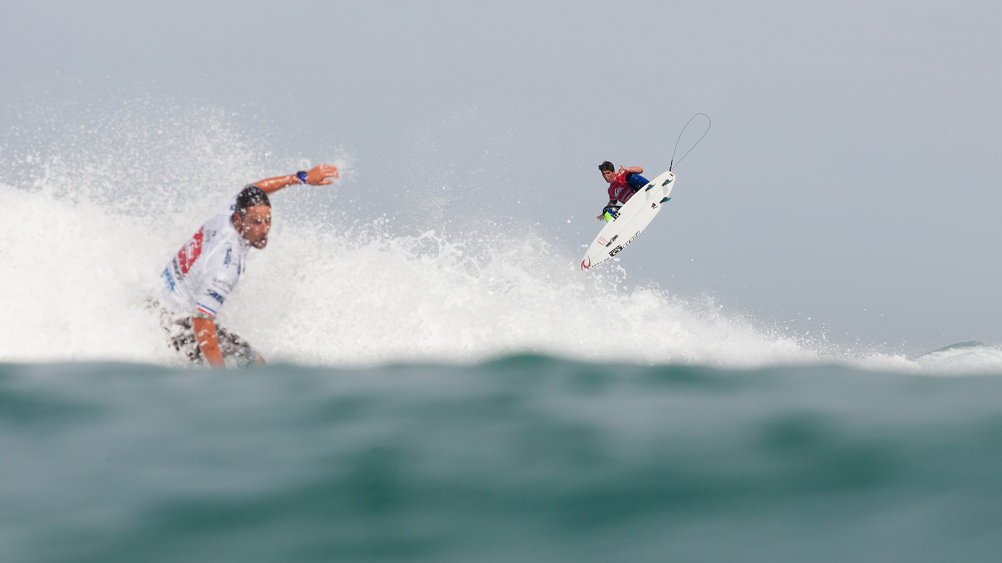 Earning the Quik Pro's first perfect 10-point ride, Gabriel Medina has emerged as the man to beat in France.