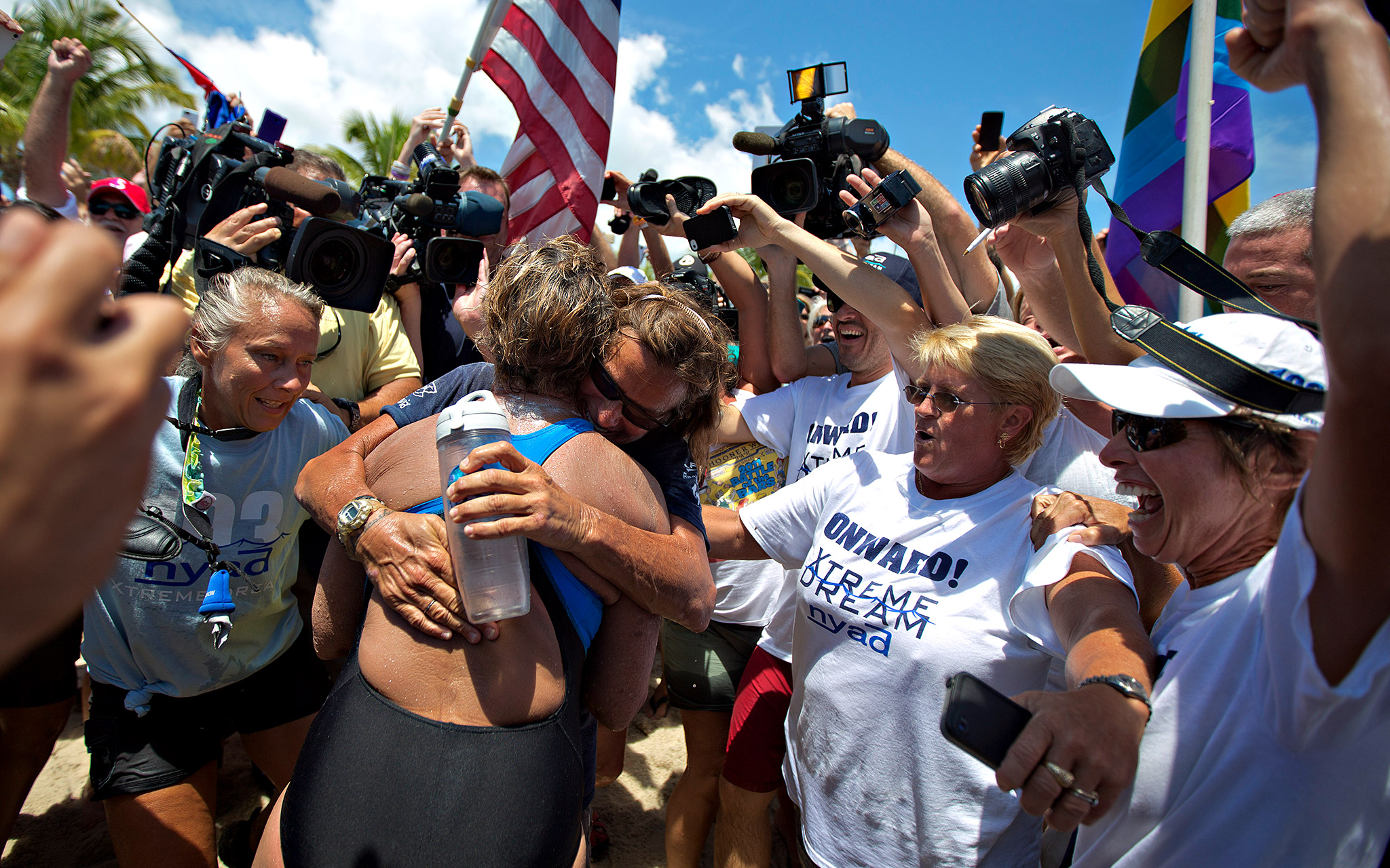 President Barack Obama, Hillary Clinton, Abby Wambach, Ryan Lochte and Billie Jean King were among those who sent congratulations to Diana Nyad.