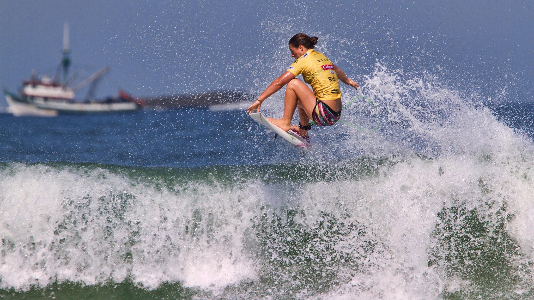 Colgate Plax Girls Rio Pro