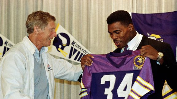 Vikings coach Jerry Burns had high hopes after acquiring Herschel Walker during the 1989 season.