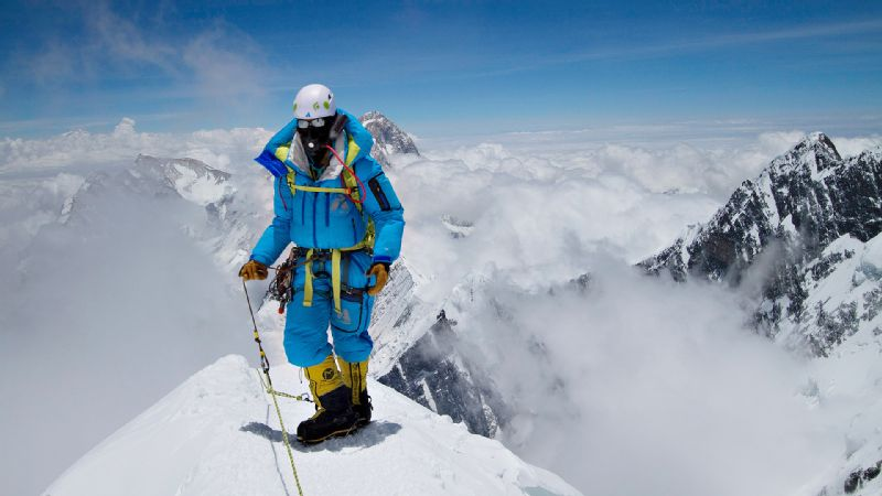 After conquering Mount Rainier, Cotopaxi and Aconcagua, Melissa Arnot summited Everest for the first time at age 24.
