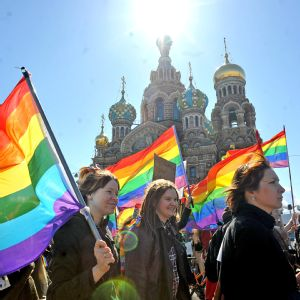 Thousands of people in multiple countries, including the United States, Greece, Belgium, Spain and Russia, have publicly protested Russia's anti-gay laws.