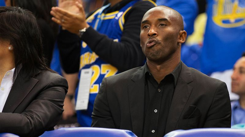 Kobe Bryant filled his pockets with a little spending money heading into the holiday season and then played some nasty defense.