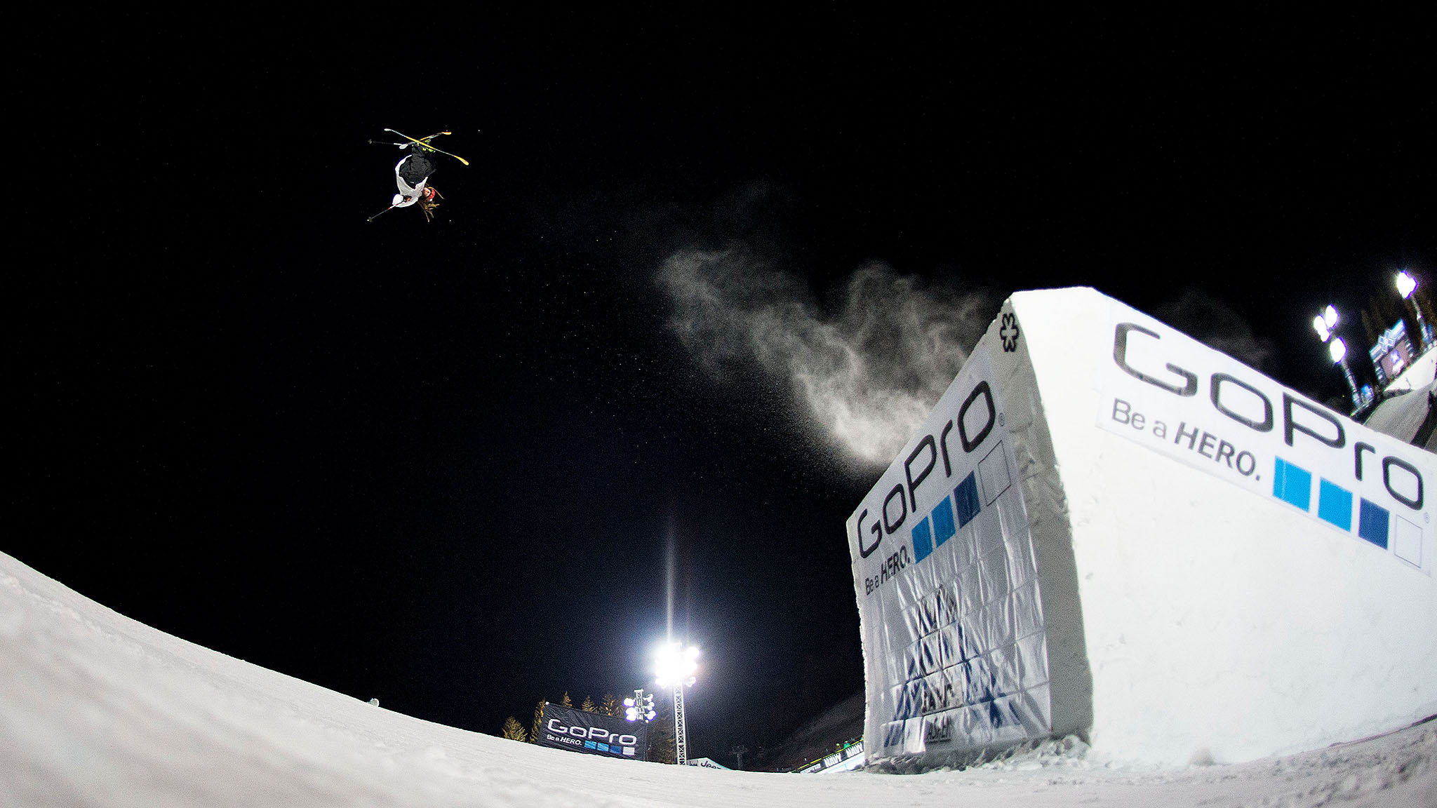 Henrik Harlaut won Ski Big Air with a nose butter triple cork 1620.
