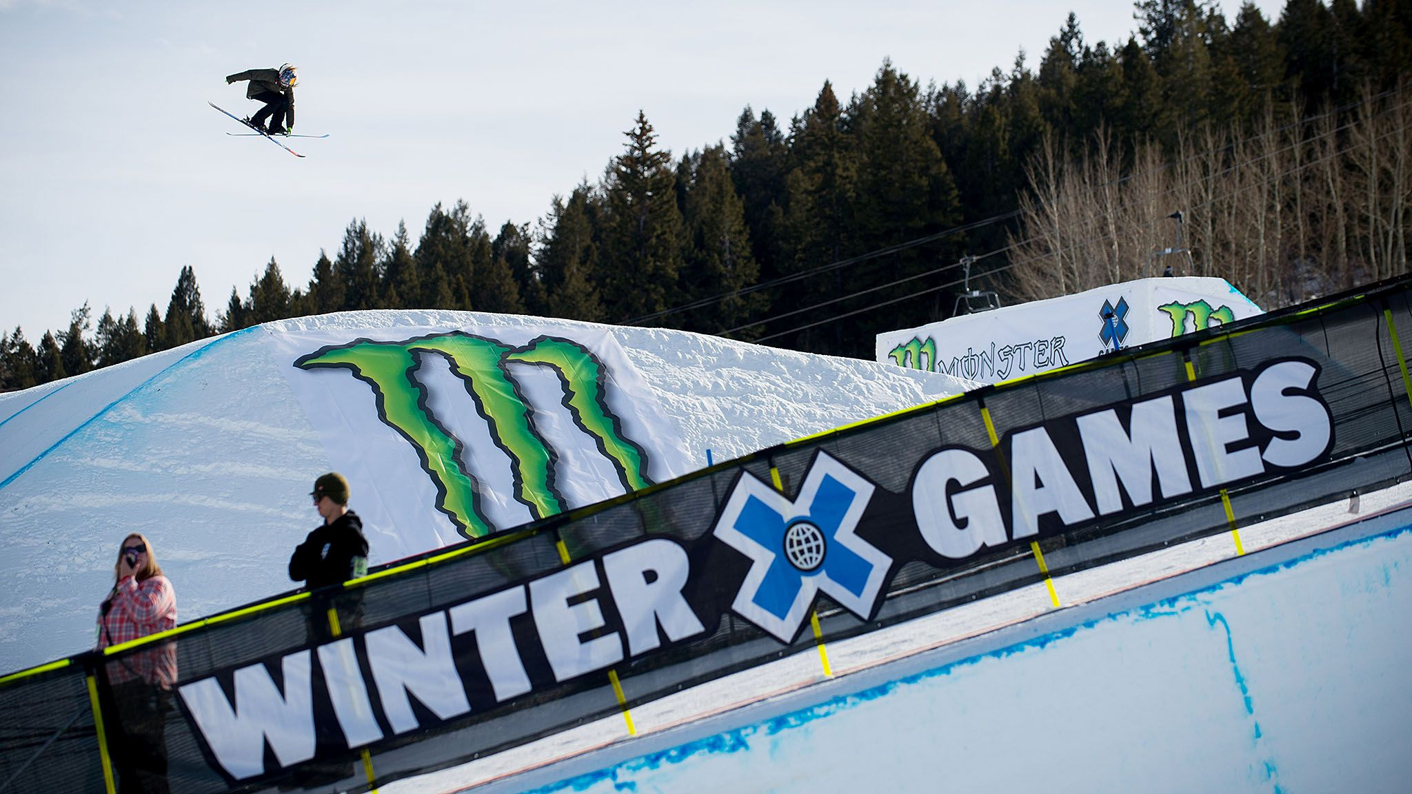 Fresh off his gold medal-winning performance in Men's Ski Slopestyle, Nick Goepper joins Adaptive SnoCross gold medalist Mike Schultz and X Games host Brandon Graham on X Games Extra Sunday night.