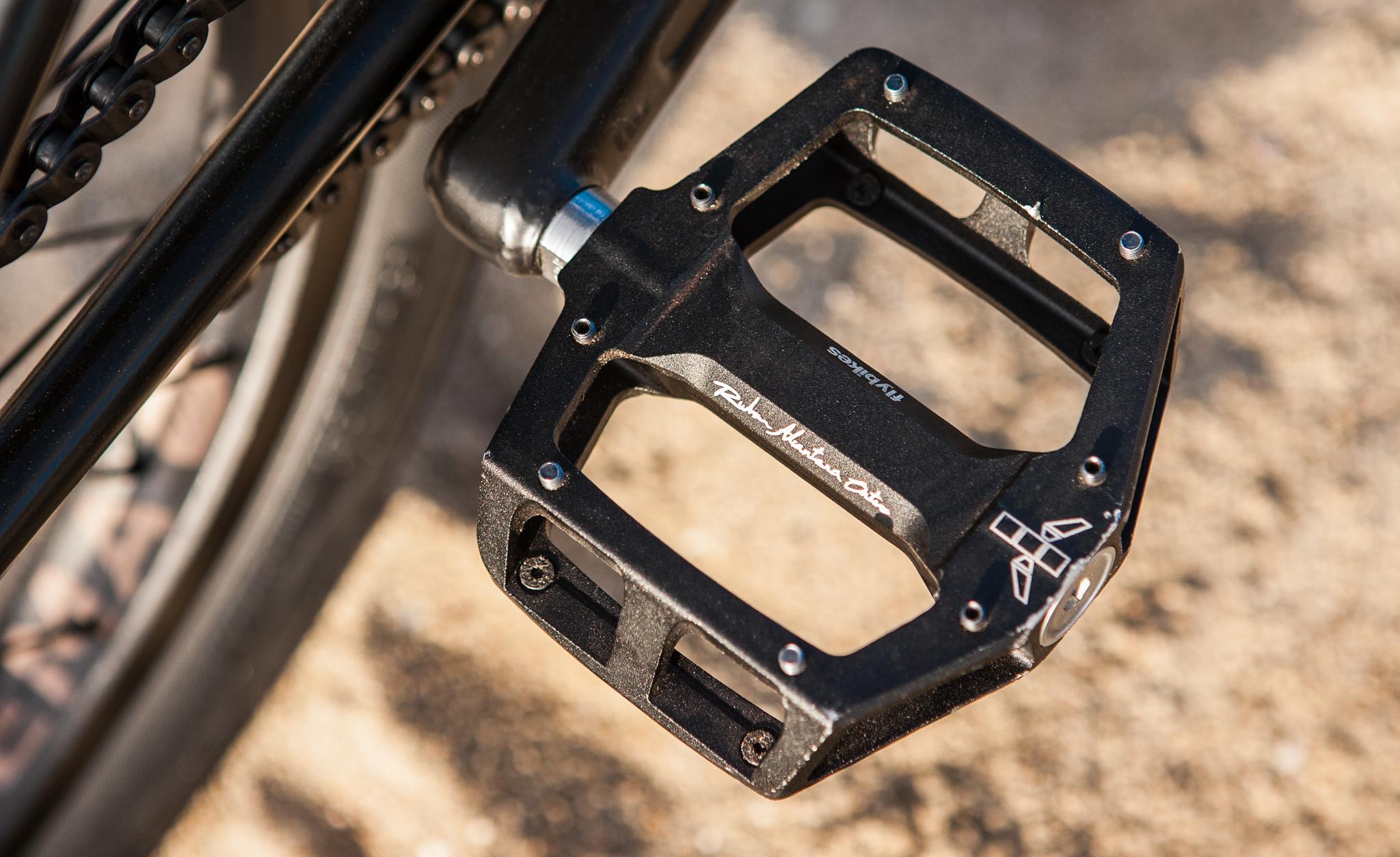 Fly Bikes Ruben pedals