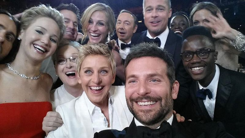 An epic selfie was the talk of Twitter on Sunday.