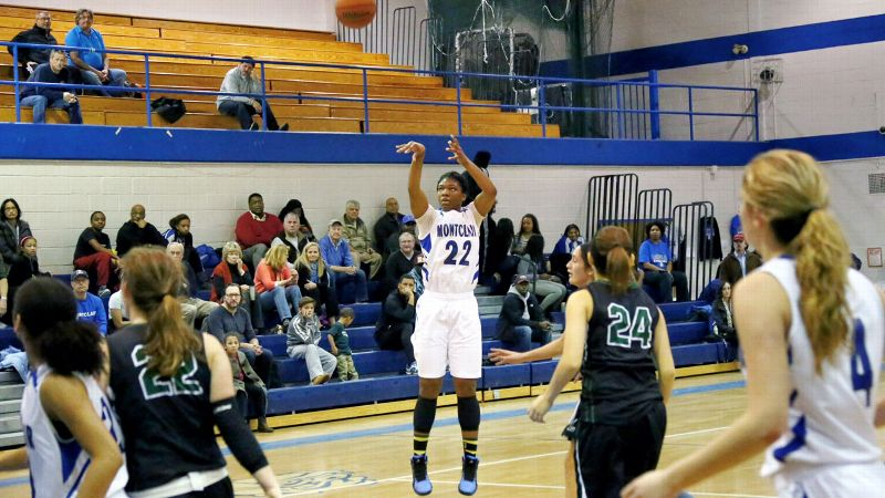 The Louisville-bound Hines-Allen will leave Montclair (N.J.) as the school's all-time leading scorer and its first McDonald's All American. The 6-2 guard/forward, the No. 34 prospect in the espnW HoopGurlz Top 100 for the 2014 class, can match up with pretty much anybody in the versatility department.