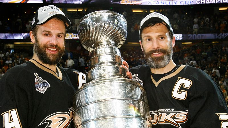 Scott Niedermayer and Rob Niedermayer | 2007