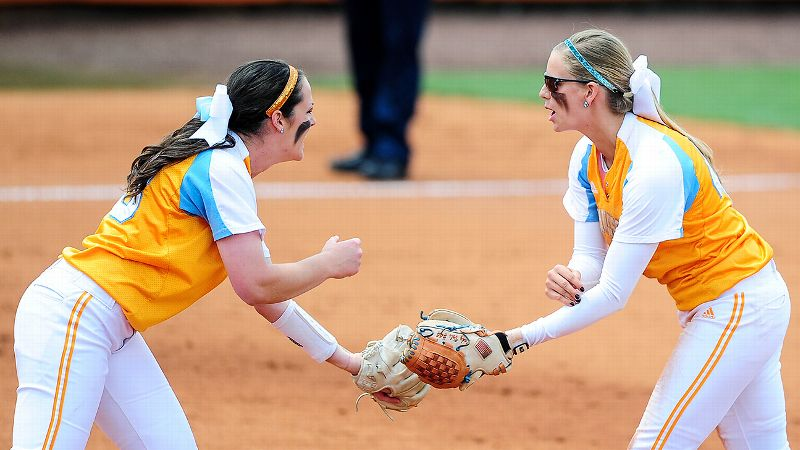 After beating Lipscomb on Sunday, Tennessee will now face Oklahoma in super regionals - a rematch of last year's national championship.