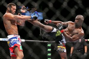 Uriah Hall, right, overcame a toe injury to outlast Thiago Silva.
