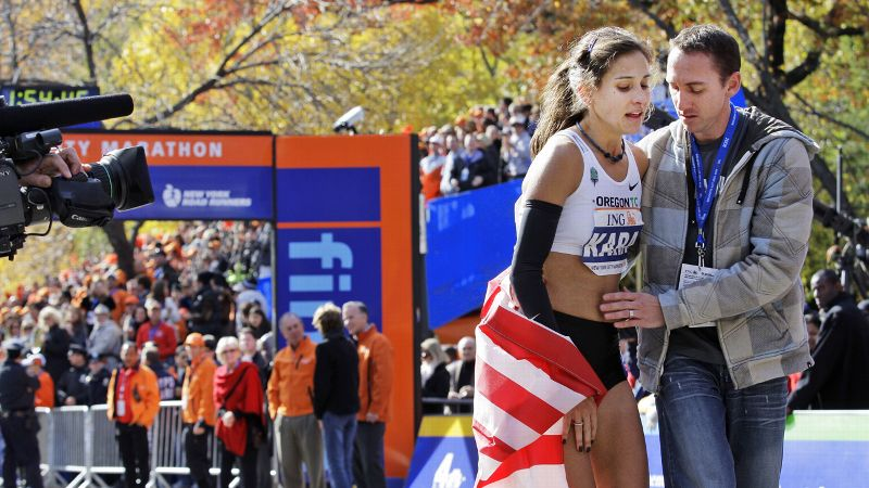 Kara Goucher made her debut at the 2008 New York City Marathon, where she placed third and ran the fastest time ever by an American woman (2:25:53).