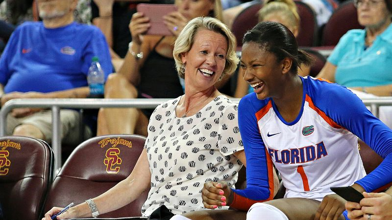 Florida coach Mary Wise got her 800th career victory Friday, with help from freshman standout Rhamat Alhassan, who was then named SEC offensive player of the week.