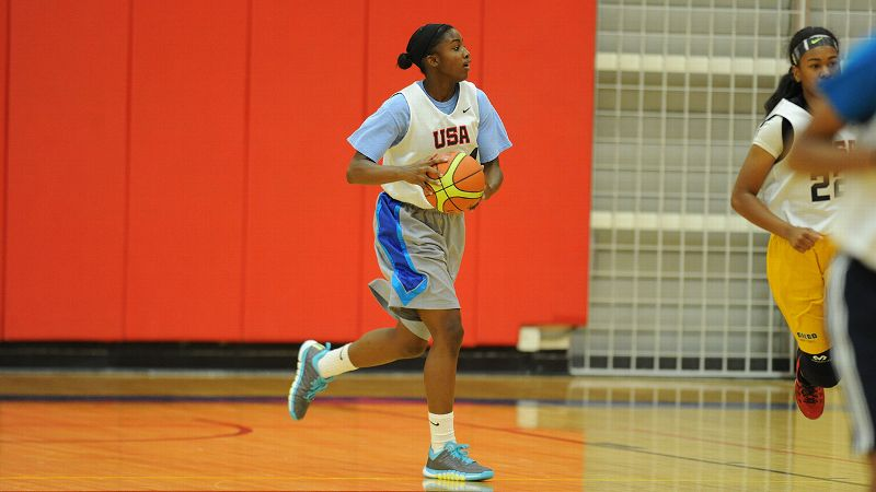 One of the elite guards in the 2016 class, Jackie Young is superb off the dribble and consistent in her mid-range game.