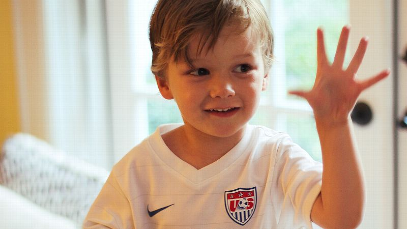 Young USWNT Fan