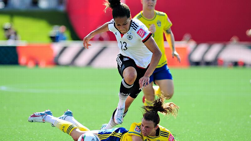 Celia Sasic, Germany, forward