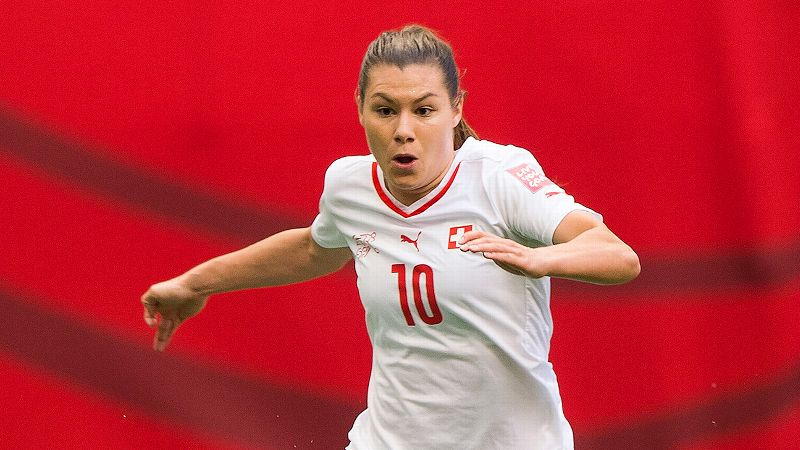 Ramona Bachmann, Switzerland, forward